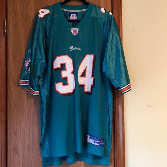 5f59cb5d6 NFL Shirts